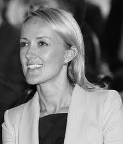 Monika Szlosek_www